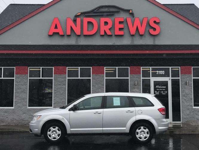 2010 SILVER DODGE JOURNEY SE (3D4PG4FB4AT) with an 2.4L engine, Automatic transmission, located at 3100 Covert Avenue, Evansville, IN, 47714, (812) 473-4492, 37.955418, -87.512238 - Photo #0